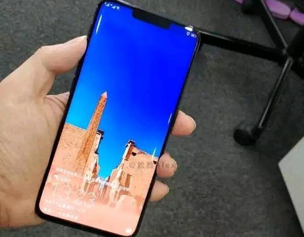 Huawei-Mate-20-pro-dummy-foto