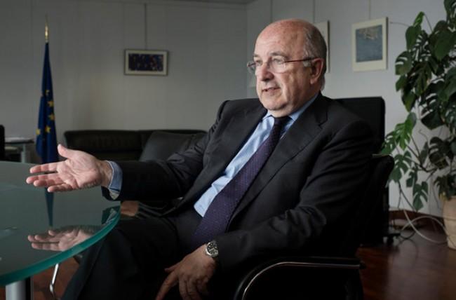 Europas Chef der Kartellrechtssparte sagt, das über eine Anklage bezüglich Google's mobiler Software noch überlegt wird. Foto New York Times