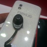 nexus-4-weiß-02
