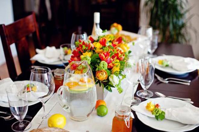 Table_Setting_Ideas_main-660x439