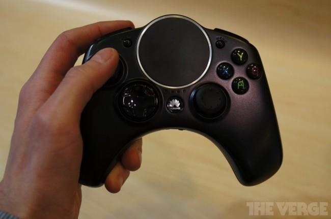 Der Controller der Android-Konsole sieht aus wie jener einer Xbox 360.