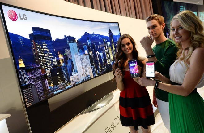 lg-lifeband touch-ces-2014