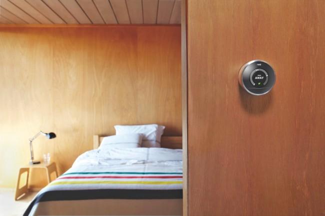 Nest Labs Das intelligente Thermostat von Nest Labs passt sich im Laufe der Zeit an den Tagesablauf des jeweiligen Haushaltes an. Nach der Übernahme von Google soll Nest als Marke weiterhin bestehen bleiben, künftig aber auch an anderen smarten Gadgets tüfteln.
