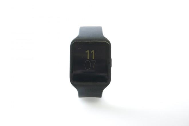 sony_smartwatch_3_standby