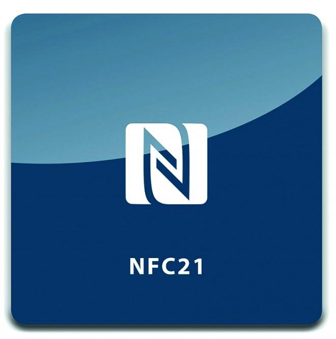 NFC-Magnete lassen sich leicht auf metallischen Oberflächen anbringen.