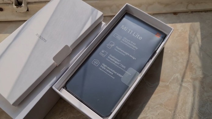 Xiaomi Mi 11 Lite leaked design