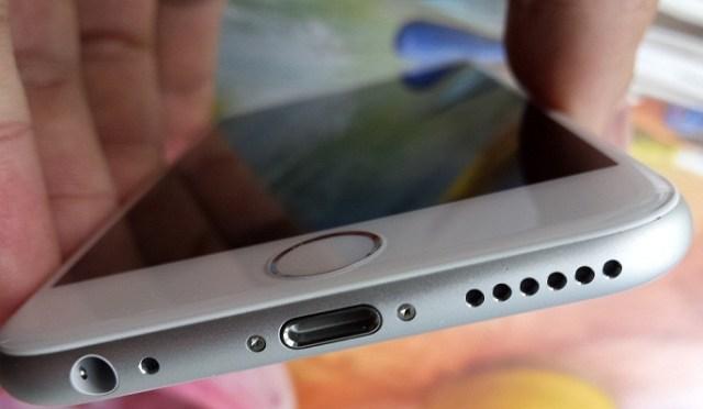 20156y455363ghe41029_135048 Lenovo S90 Sisley Seamna Izbitor Cu iPhone 6