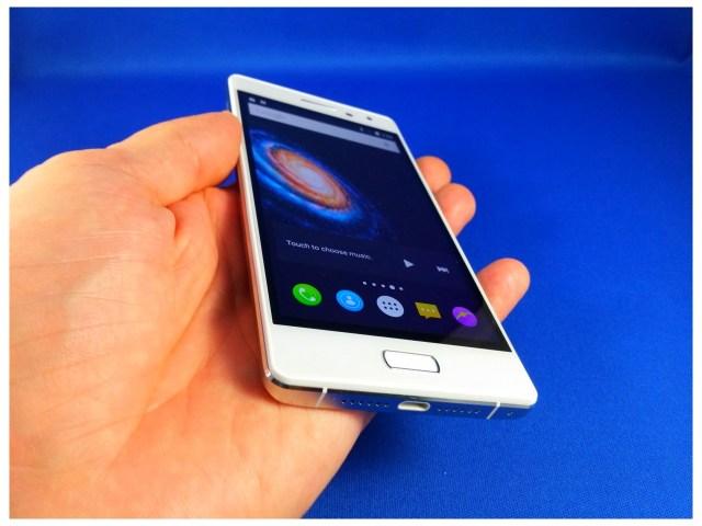 20151202_135735 Unboxing Bluboo Xtouch, telefon accesibil cu 3GB RAM si 32 ROM