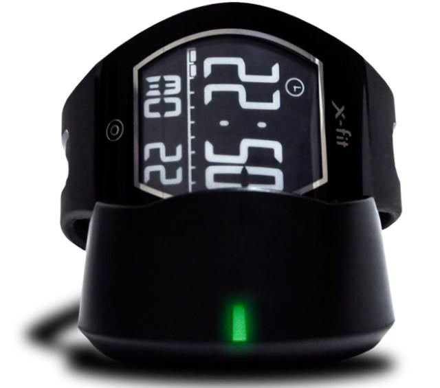 555 Evolio lanseaza noul smartwatch Evolio X-fit cu display curbat E-ink