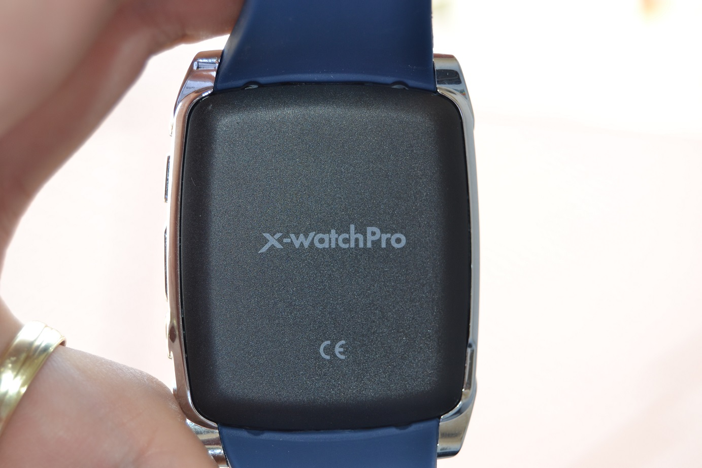 Unboxing smartwatch Evolio X-Watch Pro si functiile sale de baza