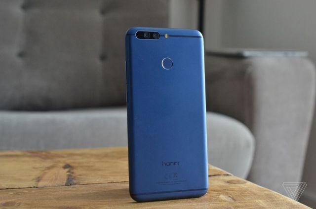 Huawei Honor 8 Pro anuntat oficial, iata pret si dotari