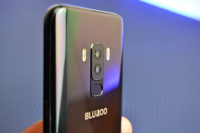 Bluboo S8 unboxing in limba romana si oferta locala review bluboo s8