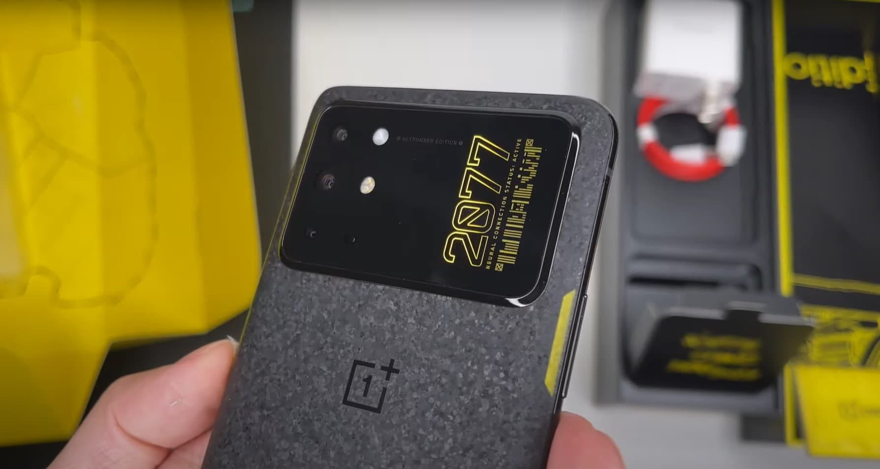 OnePlus 8T Cyberpunk 2077 androidsage