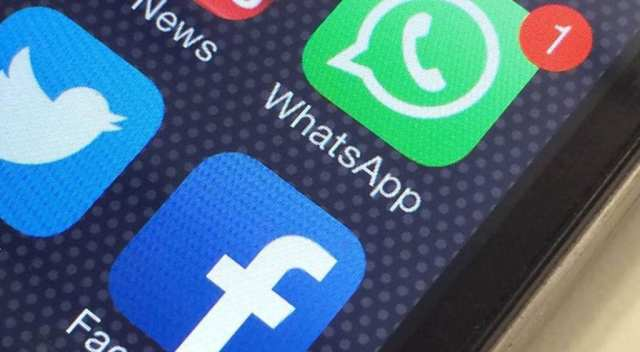 WhatsApp - Facebook℗ logo