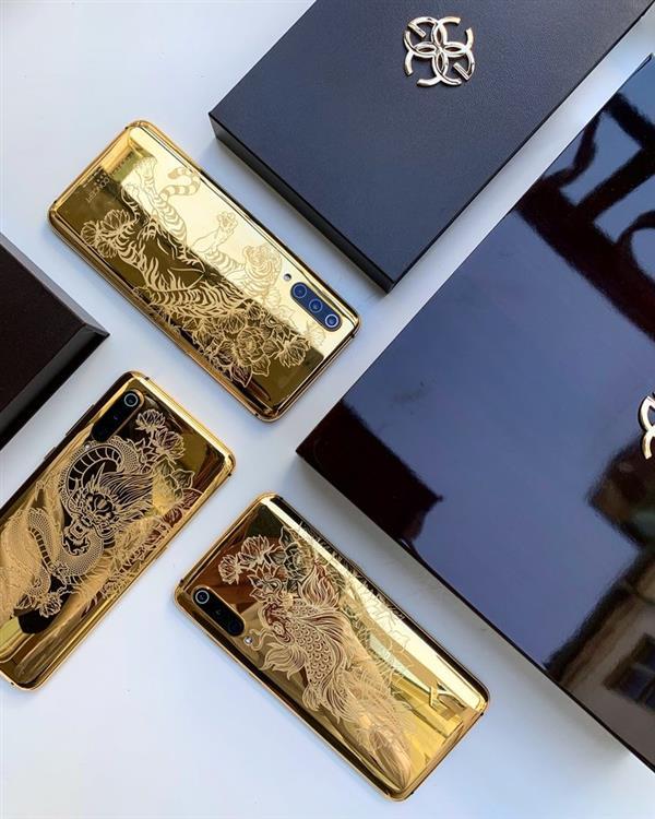 Xiaomi Mi 9 fabricado en oro
