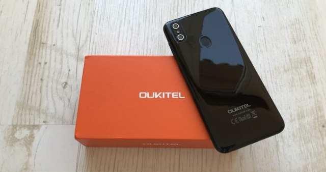 OUKITEL C15 Pro trasera