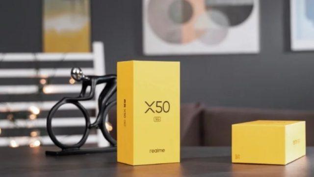 Caja de venta minorista del Realme X50 5G