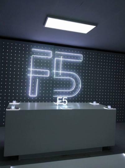 أوبو F5