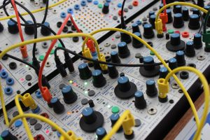 Review of Softube Modular and Buchla 259e twisted waveform generator add-on for Modular