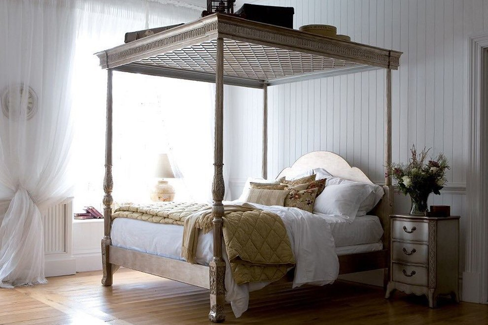 georgian leafed four poster bed