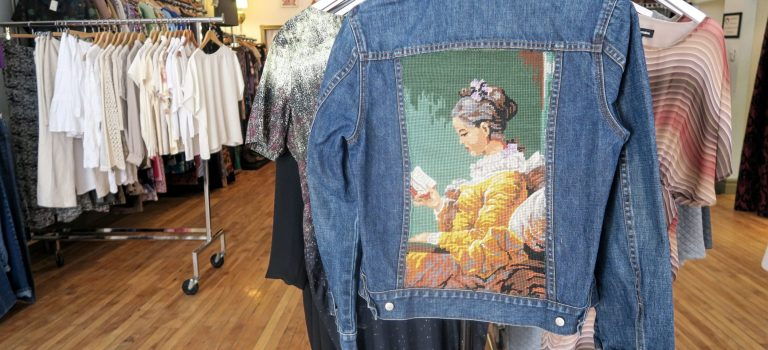 Montreal Boutique & Thrift Store : Danette.andthebee