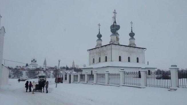 Суздаль. Петропавловская церковь.