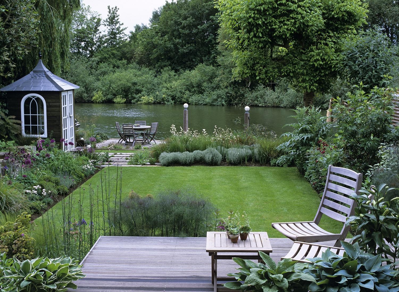 English Country Garden Design | Andy Sturgeon on Backyard Landscape  id=35281