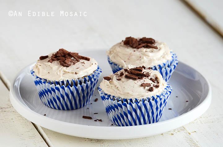 Caramel-Vanilla Cupcakes for 5 {Vegan} 2