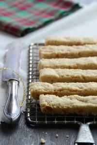 Butterscotch + Brown Butter Shortbread #25recipestoXmas
