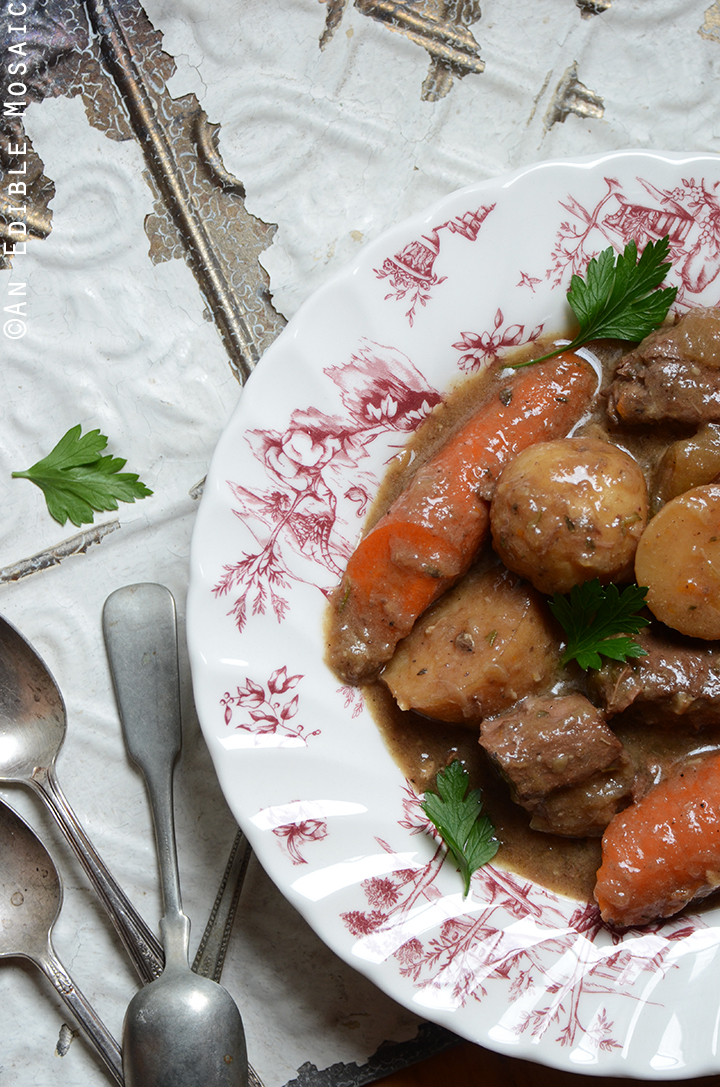 Classic Slow Cooker Beef Stew 1