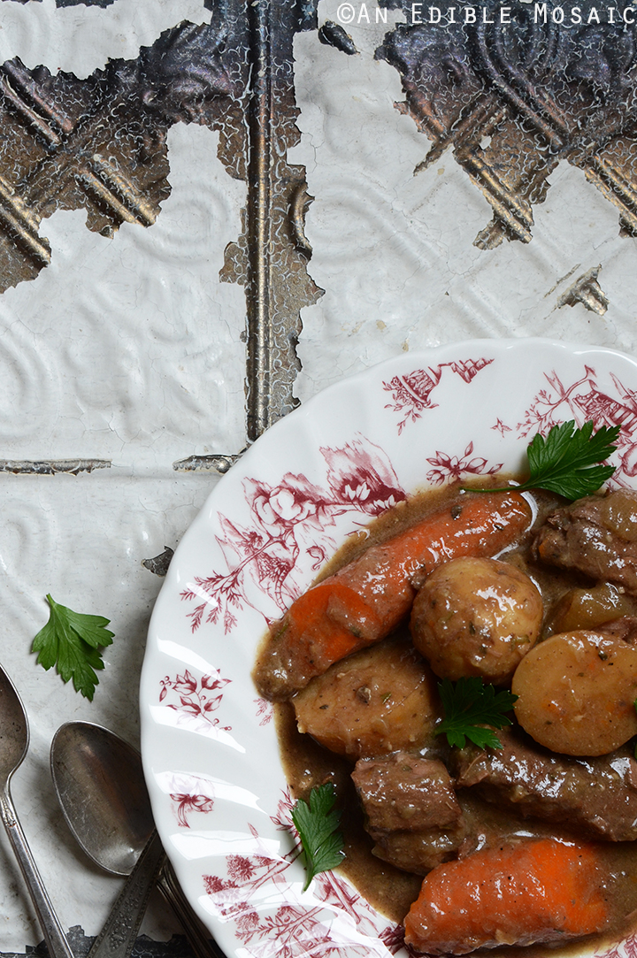Classic Slow Cooker Beef Stew 2
