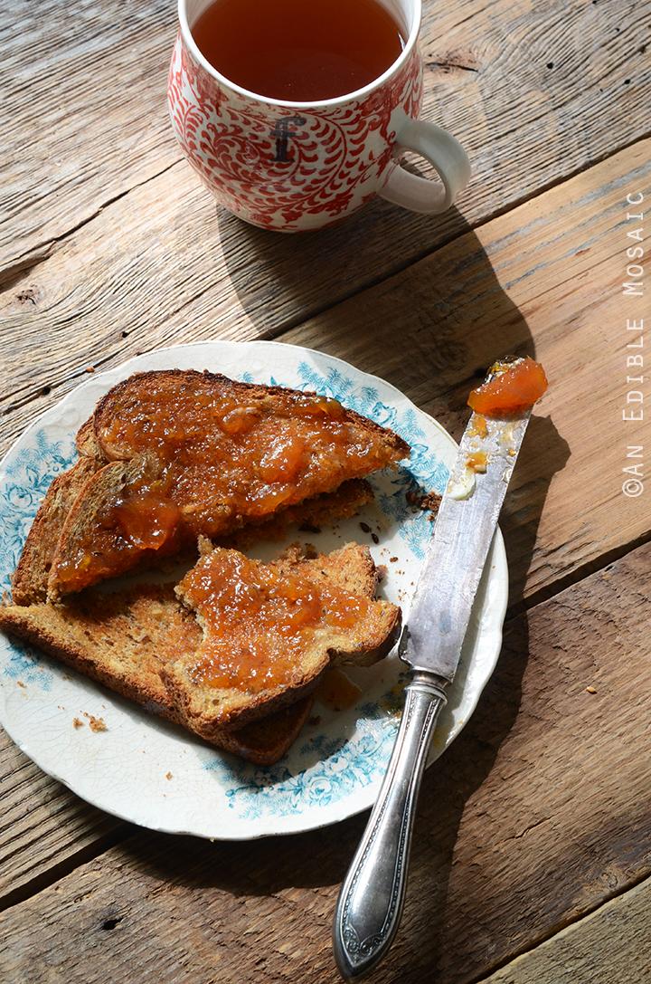 Vanilla-Scented Peach Jam 1