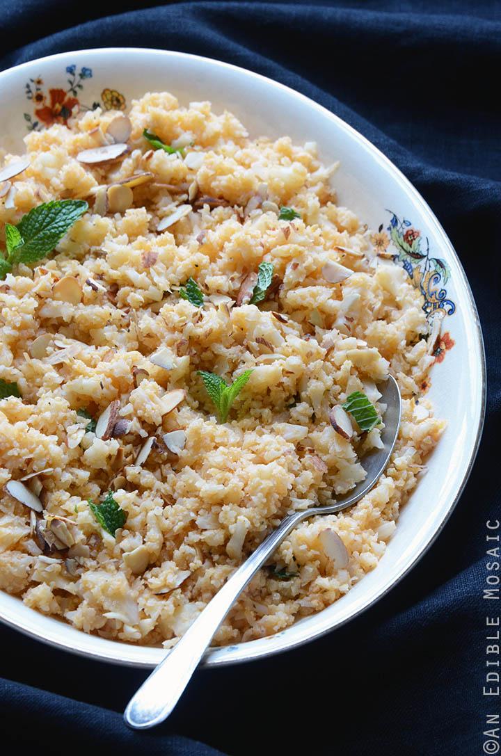 "Smoky Roasted Garlic Cauliflower ""Rice"" with Toasted Almonds {Paleo} 3"