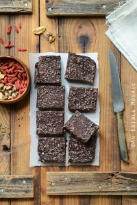 No-Cook Superfood Chocolate Fudge {Paleo}