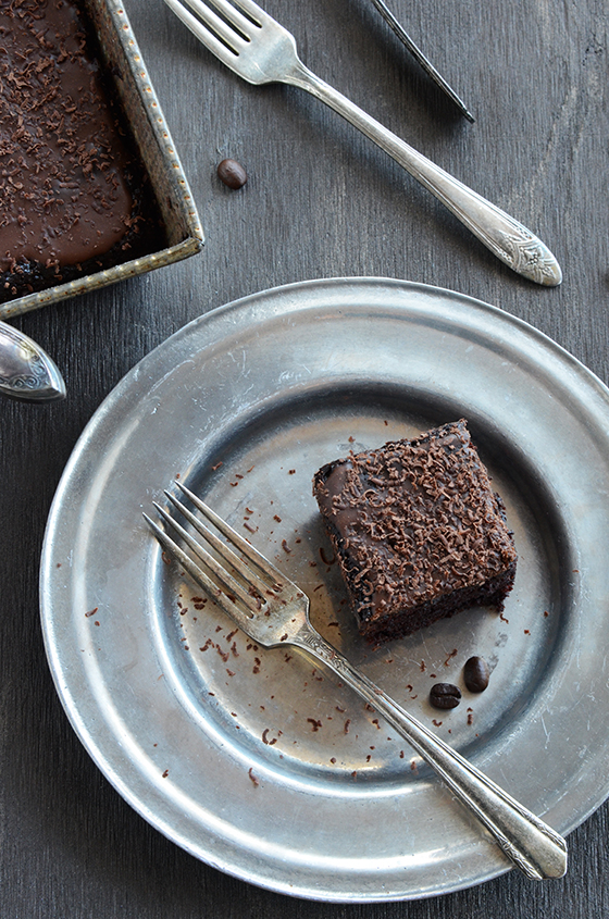 What Are The Main Components Of A Cake Recipe