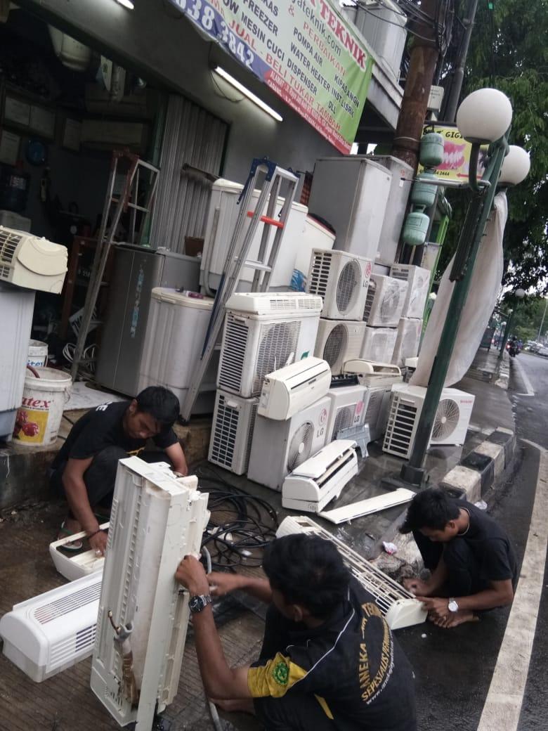 Jasa Service AC Di Cakung