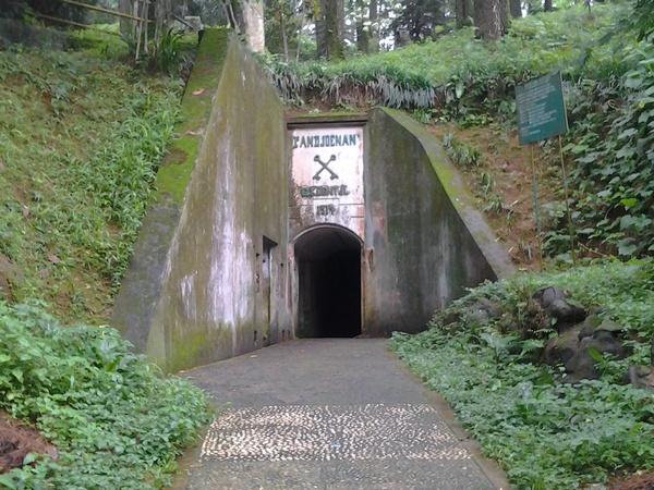 Benteng Gunung Kunci