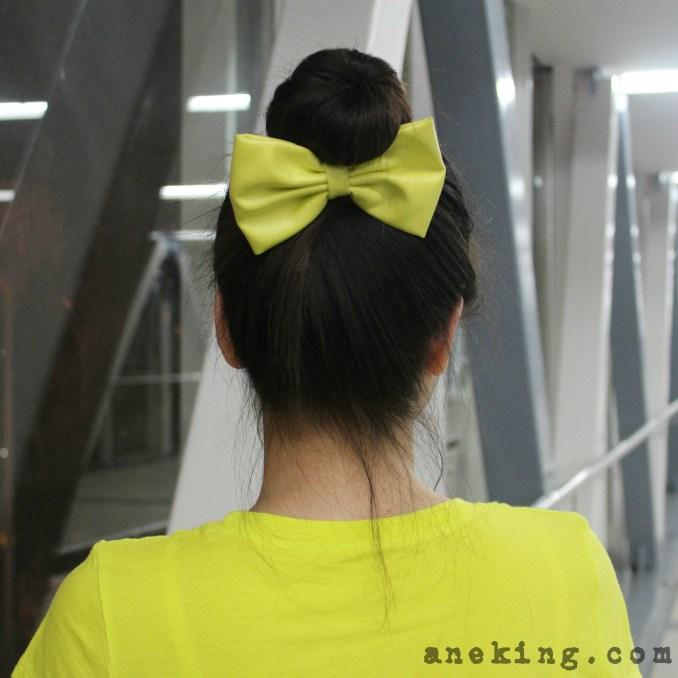 bow on bun