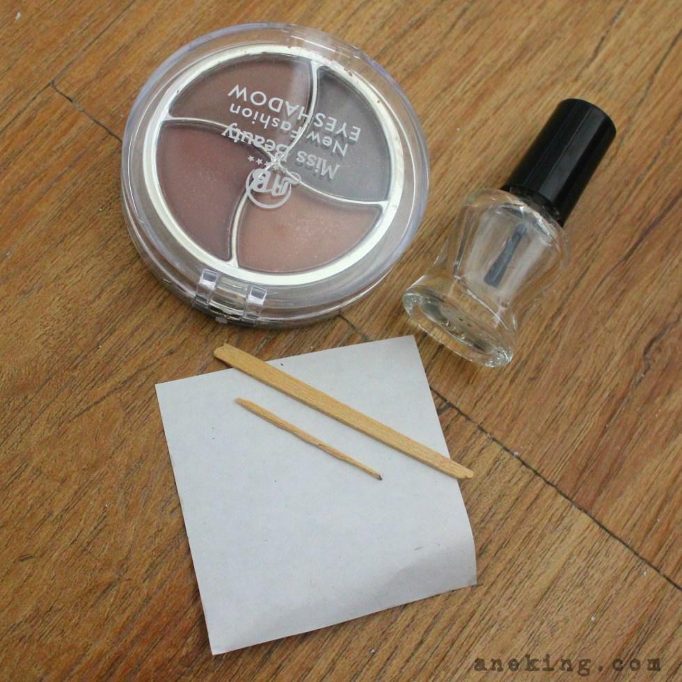 eyeshadow nail polish step 1
