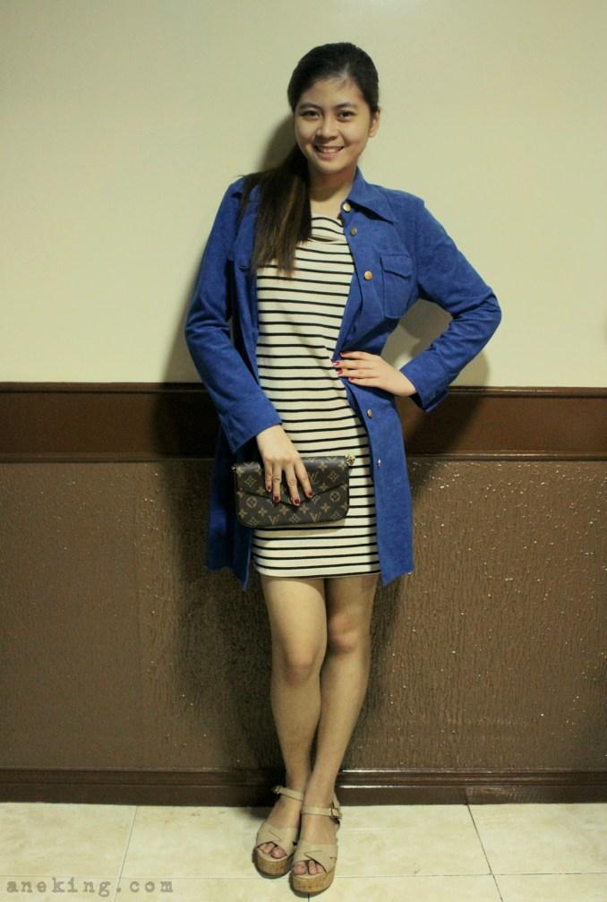 ways to wear blue coat 1