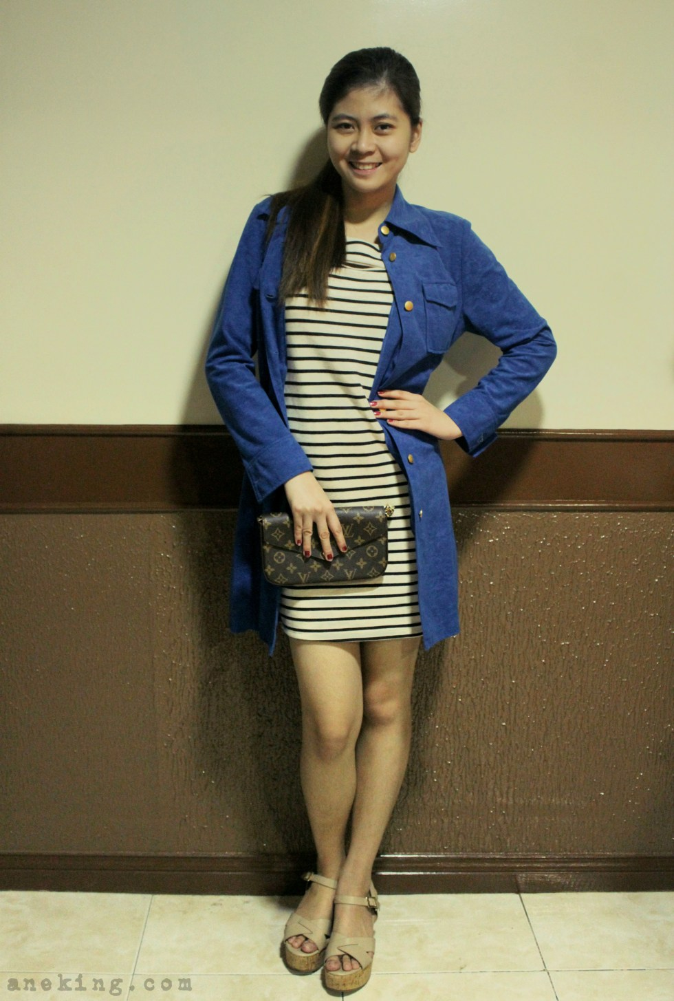 ways to wear blue coat 1