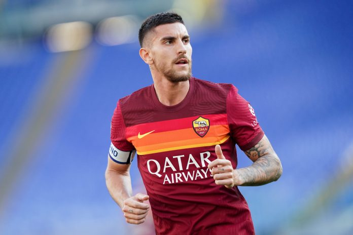 Lorenzo Pellegrini of AS Roma looks on during the Serie A match between AS Roma and FC Crotone at Stadio Olimpico, Rome, Italy on 9 May 2021.