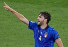 ROME, ITALY - JUNE 16: Manuel Locatelli of Italy celebrates after scoring his team's first goal during the UEFA Euro 2020 Championship Group A match between Italy and Switzerland at Olimpico Stadium on June 16, 2021 in Rome, Italy. (Photo by Emmanuele Ciancaglini/Quality Sport Images/Getty Images)