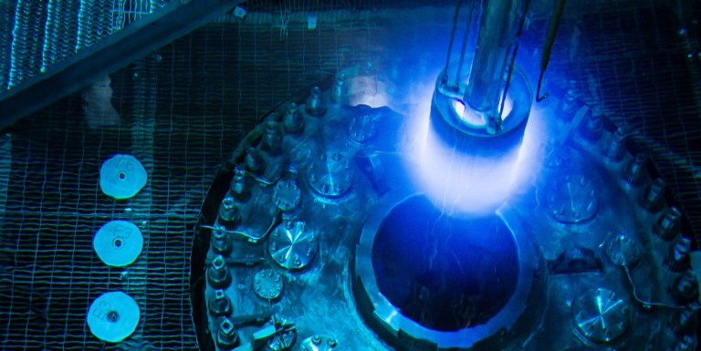 Oklo, un reactor nuclear de 100 kilowatts completamente natural