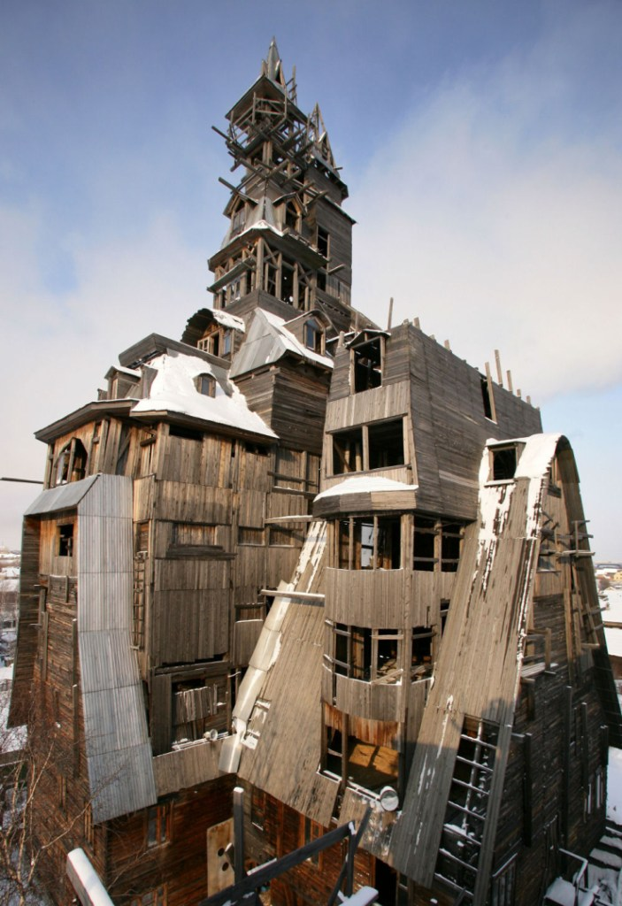 El rascacielos de madera en la ciudad de Arkhangelsk.