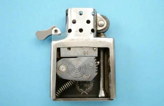Fotografía del encendedor pistola.