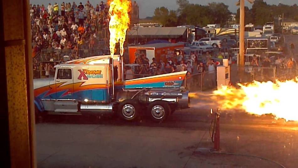 Xtreme Machine Jet truck, camión impulsado por jets.