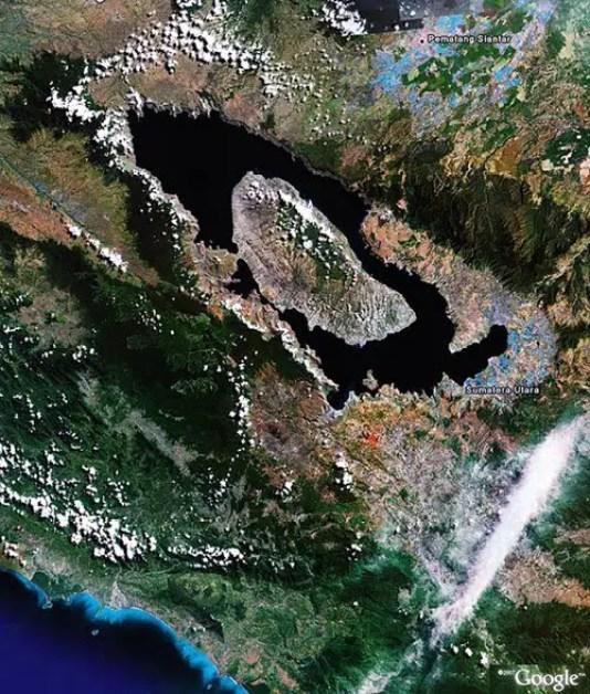 Imagen satelital del Volcán Toba.