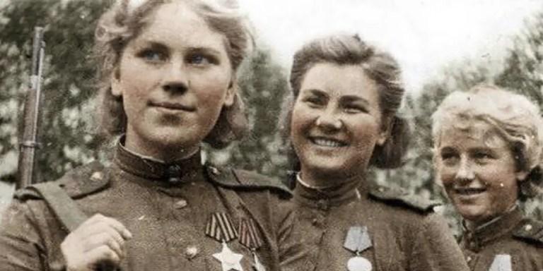 Fotografía de las francotiradoras soviéticas.