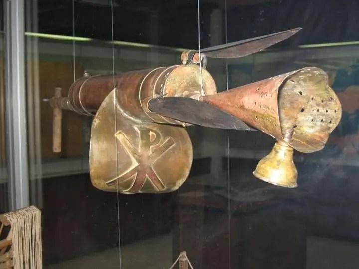 Lanzador de fuego griego.